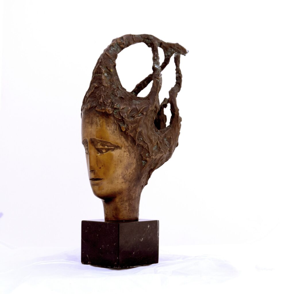 Anton Rațiu- DEMNITATE - bronz H 30 cm 2000